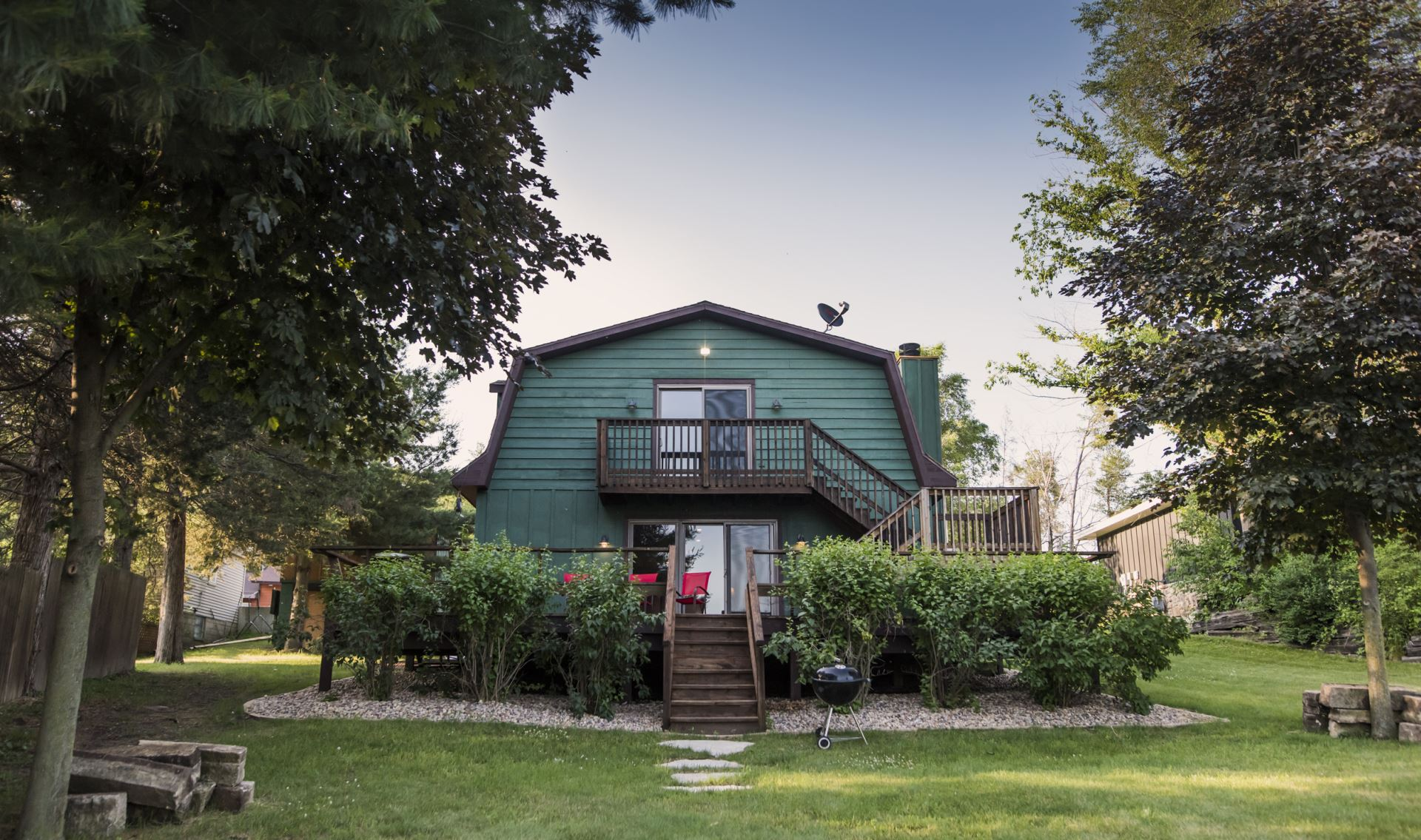 vrbo for sunset cottages hideaway cottage charming lakefront bay wisconsin rent ca in